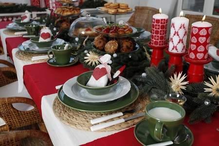 Casa hogar decorar la mesa de navidad - Adornar la mesa para navidad ...