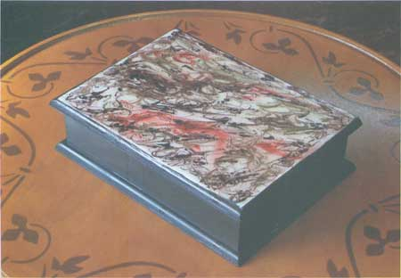 Casa hogar manualidades cajas - Manualidades pintar caja metal ...
